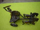 Car de lupta roman cu 2 cai cu soldat roman cu scut si sabie