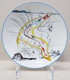 'Les Montres Gelatines de l'espace temps' de Salvador Dali, Farfurie din portelan Limoges