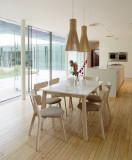Cumpara ieftin Set masa extensibila din MDF si lemn Narvik White / Oak + 4 scaune Narvik Grey, L140-180xl90xH75 cm