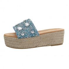 Papuci sic, cu platforma si numeroase aplicatii decorative, 38, 39, Albastru