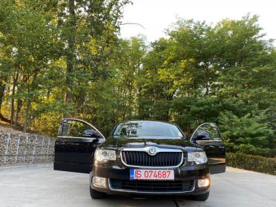 Skoda superb limuzina 2013 1.4 tsi benzina foto