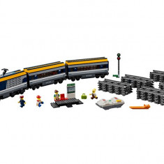 LEGO City - Tren de calatori 60197