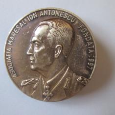 Rară! Insigna Mareșal Ion Antonescu-Asociația Mareșal Ion Antonescu 1997