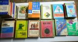 Manuale scolare vechi, Anii 90.