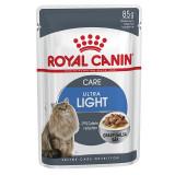 Hrana umeda pentru pisici in sos Royal Canin, Ultra Light, 12 plicuri x 85g