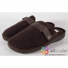 Papuci de casa maro din lana pentru barbati/barbatesti (cod 191010)