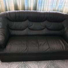 Canapea si fotolii din piele naturala culoare verde