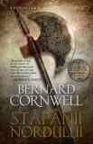 Bernard Cornwell - Stăpânii Nordului ( Seria ULTIMUL REGAT # 3 )