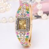 Ceas de dama cu floricele de diamant