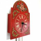 Ceas de perete cu pendula si 2 greutati, model floral