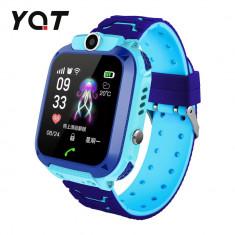 Ceas Smartwatch Pentru Copii YQT Q12W cu Functie Telefon, Localizare GPS, Istoric traseu, Apel de Monitorizare, Camera, Joc Matematic, Albastru, Carte