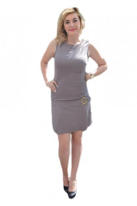 Rochie dreapta, nuanta de gri, catarama chic lateral, fara maneci