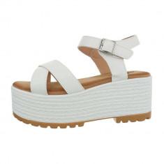 Sandale trendy, albe, cu platforma foto