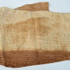 Piele naturala cu imprimeu crocodil 110cm x 100cm, S, Crem