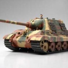 1:35 German Destroyer Jagdtiger 1:35