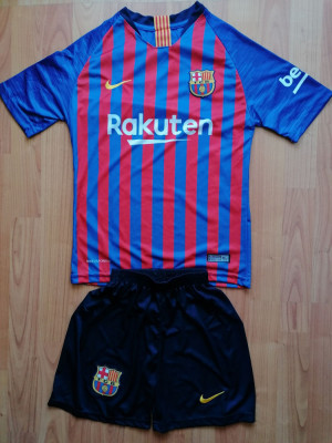 Echipament Barcelona copii 12-13 ani marimea 164 si 176 foto