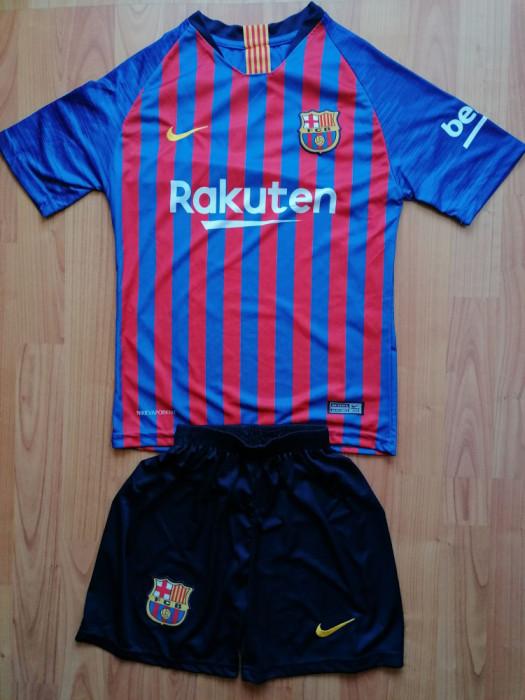 Echipament Barcelona copii 12-13 ani marimea 164 si 176