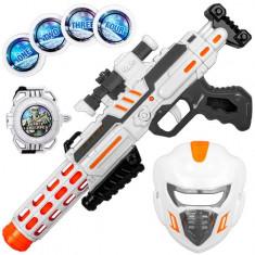 Set arma de jucarie cu sunete si lumini, model mitraliera cu masca si ceas spatial, 40×15 cm