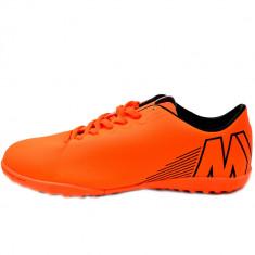 Ghete de fotbal MBrands pentru teren sintetic negre sau portocaliu, 40 - 45, Negru, Orange