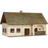 Kit de construit din lemn CASA FERMIER WALACHIA 174 piese