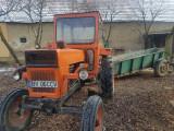 Tractor u650,remorca mare,plug 3 brazdare