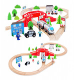 Circuit din lemn tren electric cu 50 piese, locomotiva si masini.