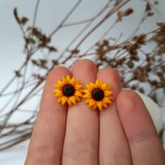 Cercei floarea-soarelui pe argint