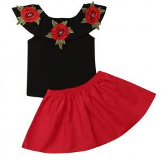 Costum din 2 piese cu trandafiri 3D
