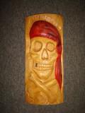 Sculptura in lemn masiv stejar Cap de mort pirat/Decor/Ornament/Colectie, Masti