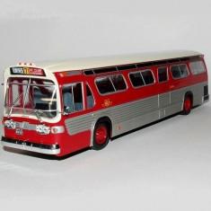 Macheta autobuz GENERAL MOTORS TDH-5301 Canada 1959 scara 1:43