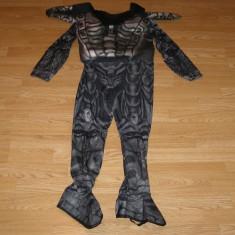 Costum carnaval serbare superman pentru copii de 8-9 ani, Din imagine