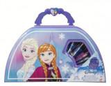 Cumpara ieftin Set carte + Jucărie Disney. Regatul de gheață - Gentuța micuței artiste (Carry Along Art Case) 2