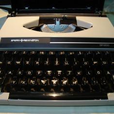 Masina de scris SPERRY REMINGTON SR200(made in Japan)+banda noua de scris