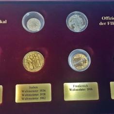 Lot monede vechi romanesti in cutie numismatica, transport gratuit!!!