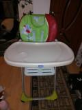 Vând scaun pentru copii cu măsuță, Chicco