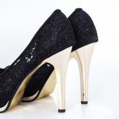 Pantofi Vilasi negri cu toc inalt