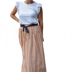 Fusta dama Karoline cu model brodat lunga,nuanta de pudra