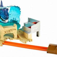 Set de joaca lansator masinute Hot Wheels - Batalia rechinului