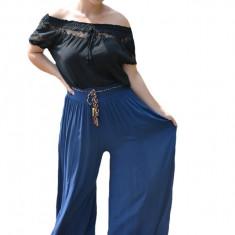 Pantaloni dama lejeri,Adeline cu croi evazat si elastic in talie ,nuanta de bleumarin