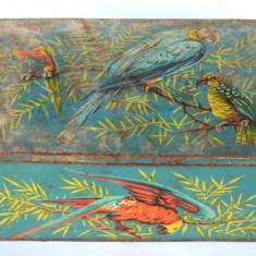 Cutie veche romaneasca de tabla anii '60