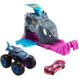 Cumpara ieftin Pista de masini Hot Wheels Mattel Monster Truck Pit and Launch Team Mega Wrex cu 2 masinute