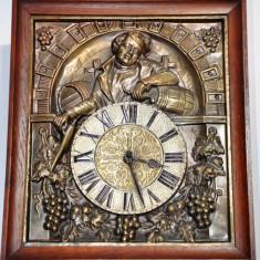 Ceas de perete cu pendula si 2 greutati - model tablou
