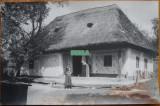 Foto interbelica ; Casa taraneasca din com. Barsau de Jos , jud. Salaj