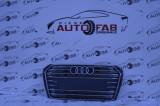 Grilă centrală Audi A4 B9 an 2016-2019 cu găuri pentru Parktronic