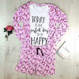 Cumpara ieftin Set pijama dama 3 piese alcatuit din tricou + pantaloni scurti + halat roz cu imprimeu Perfect Day