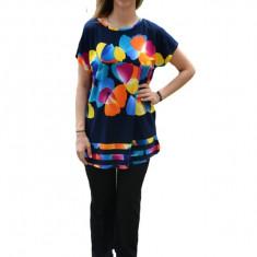 Bluza Ary cu imprimeu de petale,multicolor,nuanta de bleumarin