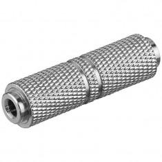Adaptor / cupla Goobay 3.5 Jack mama la 3.5 Jack mama argintiu