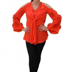 Bluza de ocazie cu croiala deosebita, lejera, de culoare rosie