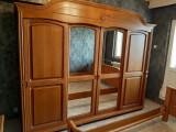 Mobila dormitor vintage din lemn masiv, brad