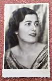 Portret de femeie. Fotografie datata 1936 - Studio Wells, Bucuresti